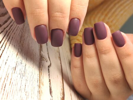 Beautiful Female Hands. Beautiful hand with perfect nail 2019 Stok Fotoğraf - 134587802