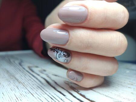 Youth manicure design, beautiful female hands Stok Fotoğraf - 134587195