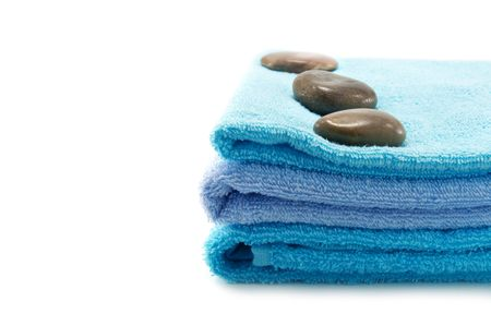 spa stone: Spa-Stein-und Handtuch isoliert