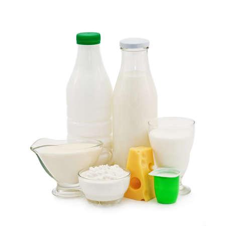 Milchprodukte, isoliert auf weiss