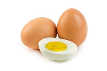 gallina con huevos: huevos aislados sobre fondo blanco Foto de archivo