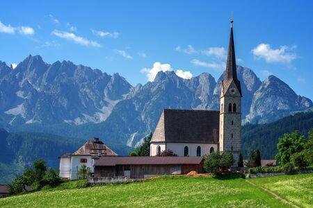 cristianismo: Christianity churh in Gosau village at sunny day. Alps, Austria, Europe.