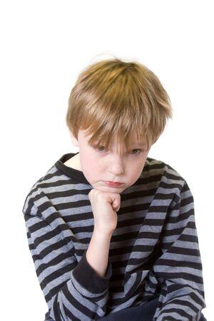 白真剣な表情で孤立した子供