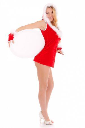 sexy Weihnachts-Frau zeigt leere ovale Anzeige auf weiß isoliert
