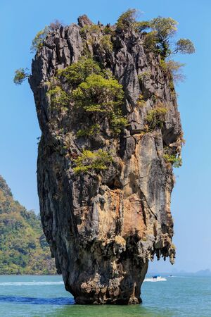 karst: The James Bond island,  Khao Phing Kan in the pang Nga bay in Thailand Stock Photo