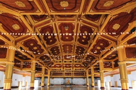 daw: Inside the Shwe Nan Daw wooden temple in Mandalay, Mynamar (Burma)