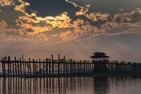 teck: U bein wooden teck bridge at dusk in Amarapura Myanmar (Burma) Stock Photo