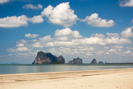 trang: Tropical wild beach in the Trang province in Thailand, beside the Hat Chao Mai national park Stock Photo