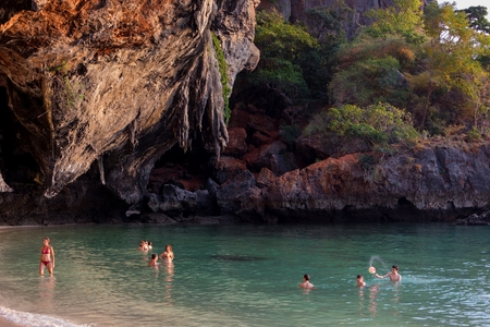 phra nang: PHRA NANG BEACH, THAILAND, FEBRUARY 10, 2015 : Tourists are swimming on the beach of Phra Nang in the Krabi province, Thailand