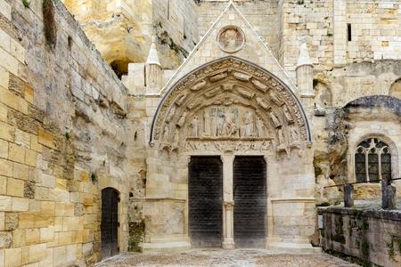saint emilion: Entrance of old monolithic church in the Saint Emilion village near Bordeaux, France