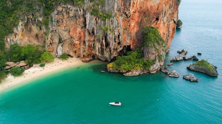 aonang: Aerial view of Phra Nang tropical beach and cave in Krabi province, Thailand