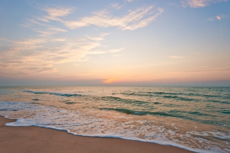 Beach in Cha-am, Thailand  Shooted in the morning before sunrise 版權商用圖片 - 14286909