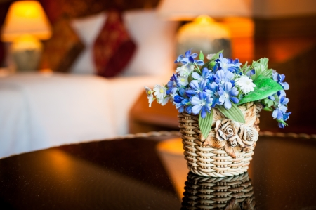 pot light: flower pot in a decorated room