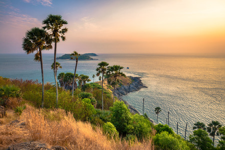 Promthep cape, the iconic place to see sunset in Phuket, Thailand 版權商用圖片