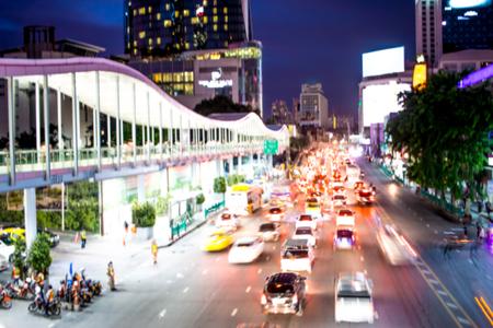 Vaag van opstopping in spitsuur van vele auto's in de stad van Bangkok, Thailand Stockfoto - 91487136