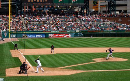 DETROIT, MI - 11 juillet : Jon Rauch des Twins du Minnesota qui durant un match contre les Tigers de Detroit le 11 juillet 2010, à Detroit, au Michigan.  Banque d'images - 7358394