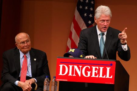 ANN ARBOR, MI - OCTOBER 24: Former President Bill Clinton speaks in support of Congressman John Dingell of Michigan Stock Photo - 8149802
