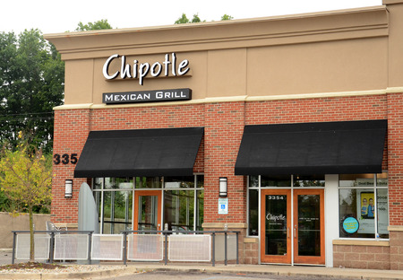 ANN ARBOR, MI - AUGUST 24: Chipotle Mexican Grill in Ann Arbor on August 24, 2014. Chipotle has 1680 stores in the United States and leads the industry in loyal customer following.  Stock Photo - 31144299