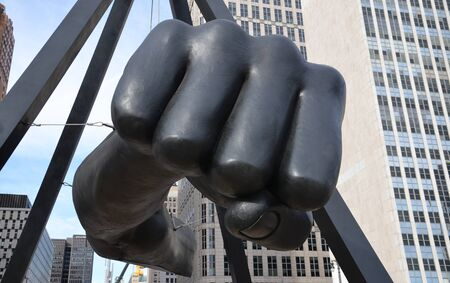 joe louis: DETROIT, MI - DECEMBER 24: The Fist, a monument to Joe Louis in Detroit, MI, shown here on December 24, 2015, is the work of sculptor Robert Graham.