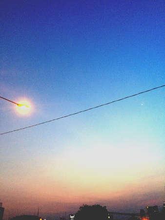провода: Закат Фото со стока