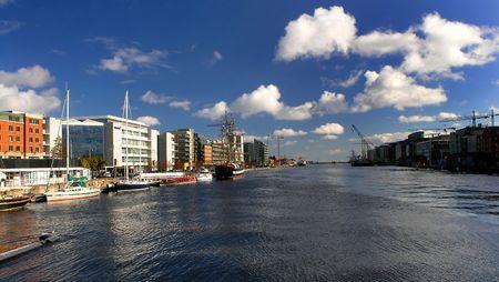 sean: Mattina a Dublino, in vista del fiume Liffey da Se�n O'Casey Bridge