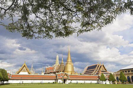 phra si rattana chedi: View of Wat Phra Kaew or The Emerald Buddha temple
