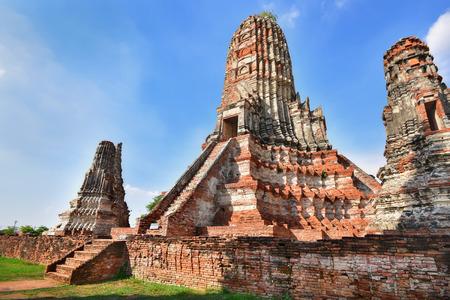 phra nakhon si ayutthaya: Place of worship, Wat Chaiwatthanaram is a Buddhist temples in Phra Nakhon Si Ayutthaya Province, Thailand