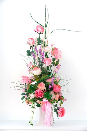 Bouquet of roses in a vase photo