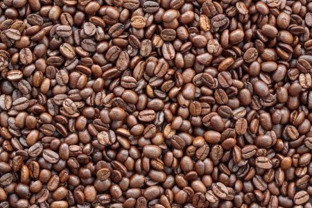robusta: Close up roasted Coffee bean background