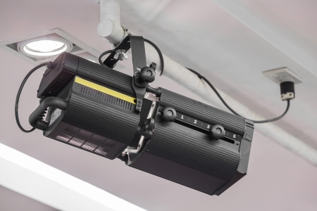 tempered: High precision light beam projector