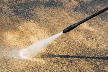 water jet: Floor cleaning with high pressure water jet