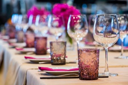 Tavolo Elegance impostato per sala da pranzo Archivio Fotografico - 20730468