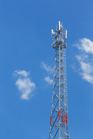 wire frame: Antenna repeater tower on blue sky, wireless telecommunication concept