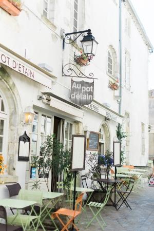 Cute little European Coffee Shop in Southern France