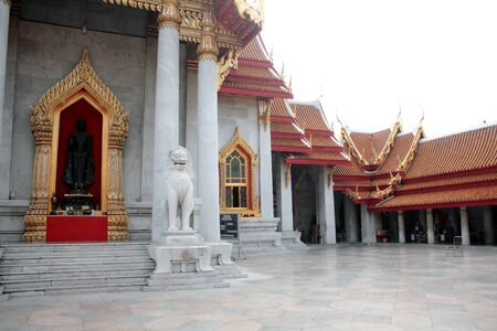 wat benchamabophit ,temple in Thailand photo