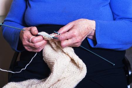 senior knitting
