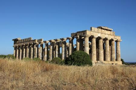 Il pi� grande tempio greco in Selinunte, Sicilia Archivio Fotografico