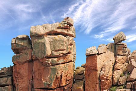 granit: Ploumanach, Pink granite coast, Perros Guirec, Brittany, France