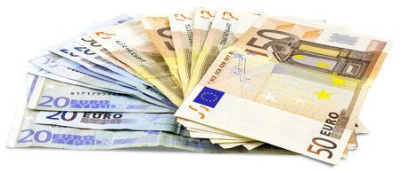 banconote euro: A bundle of Euro banknotes isolated on a white Archivio Fotografico
