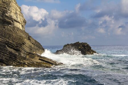vernazza: Cliffs and waves in Vernazza, Cinque Terre, Liguria, Italy