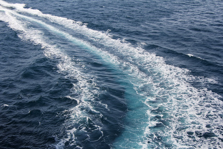 Speed boats trace on the blue sea 스톡 콘텐츠