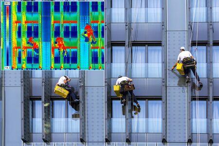 Infrarot-Thermovision und Realbild Drei Bergsteiger waschen Fenstern Standard-Bild
