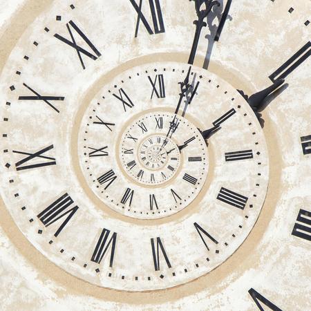 バッサーノの塔における時計のドロステ効果 写真素材
