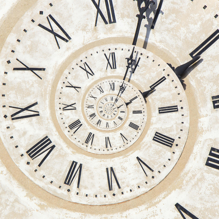 Droste effetto di orologio sulla torre di Bassano Archivio Fotografico - 85345214
