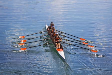 Team des Rudersports Vier-Ruderfrauen im Boot