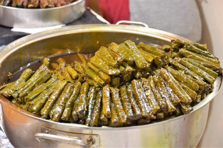 Green Stuffed Dolmades Banque d'images - 118387543