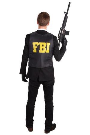 fbi: L'agent du FBI � fusil isol� sur blanc Banque d'images