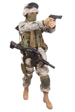 soldado: Soldado estadounidense con arma de fuego en el fondo blanco