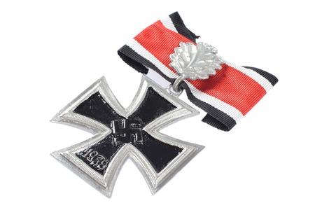 iron cross: nazi award - Knights Cross of the Iron Cross