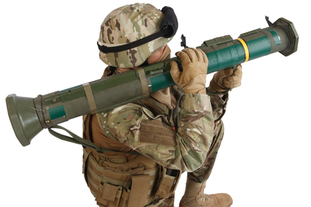 US ARMY soldier with recoilless rocket launcher isolated on white background Imagens